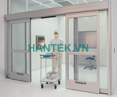 cleanroom-automatic-sliding-door-140516-I2U3456